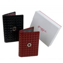 Ladies Quality Classic Leather Photo Card ID Travel Card By Golunski Graffiti Collection Gift Boxed